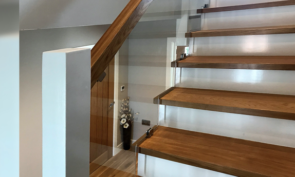 Shaped Glass Staircase Glasgow